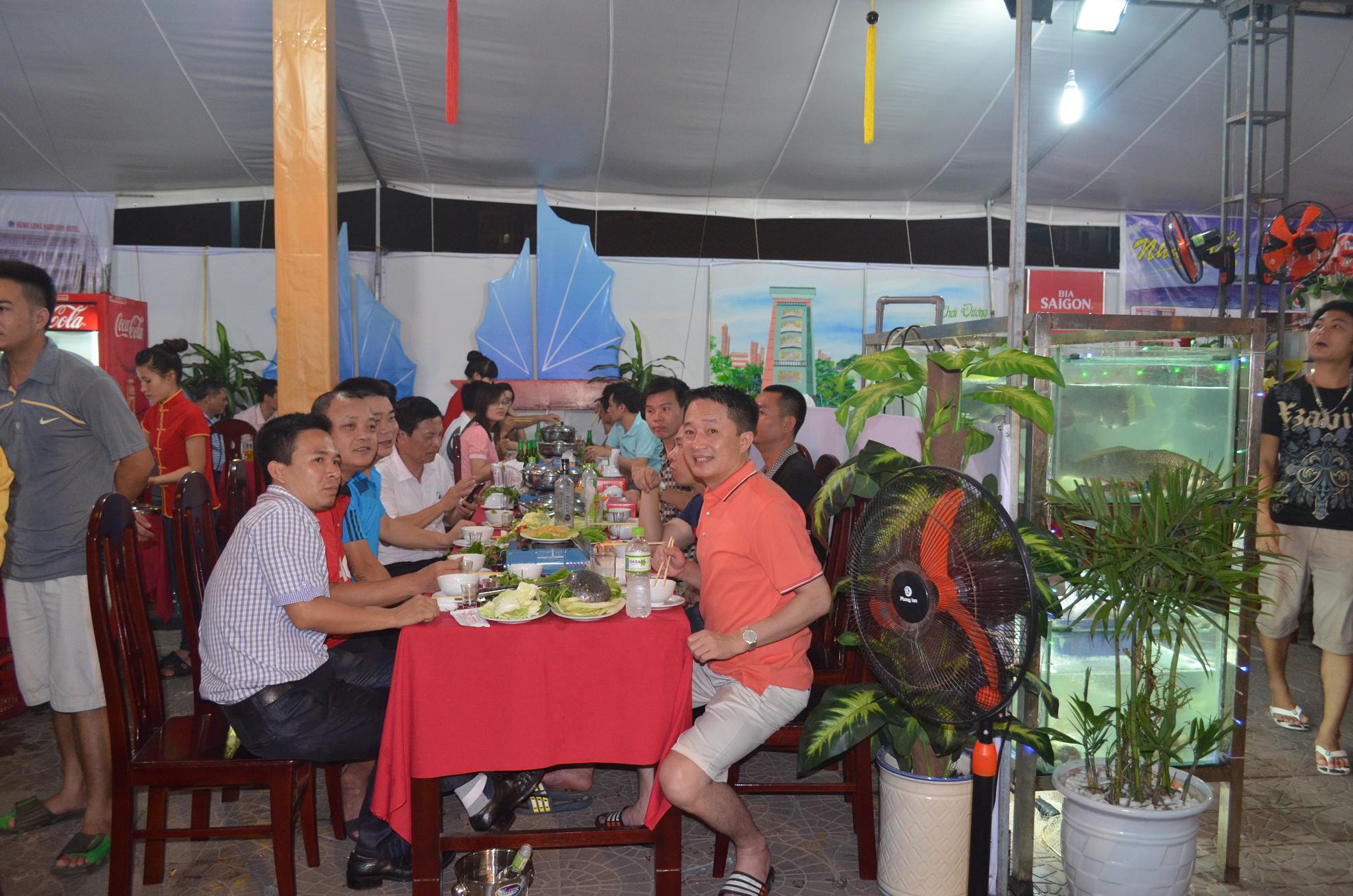 Liên hoan ẩm thực vùng du lịch Cát Bà
