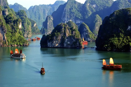 Vịnh Lan Hạ - du lịch Cát Bà