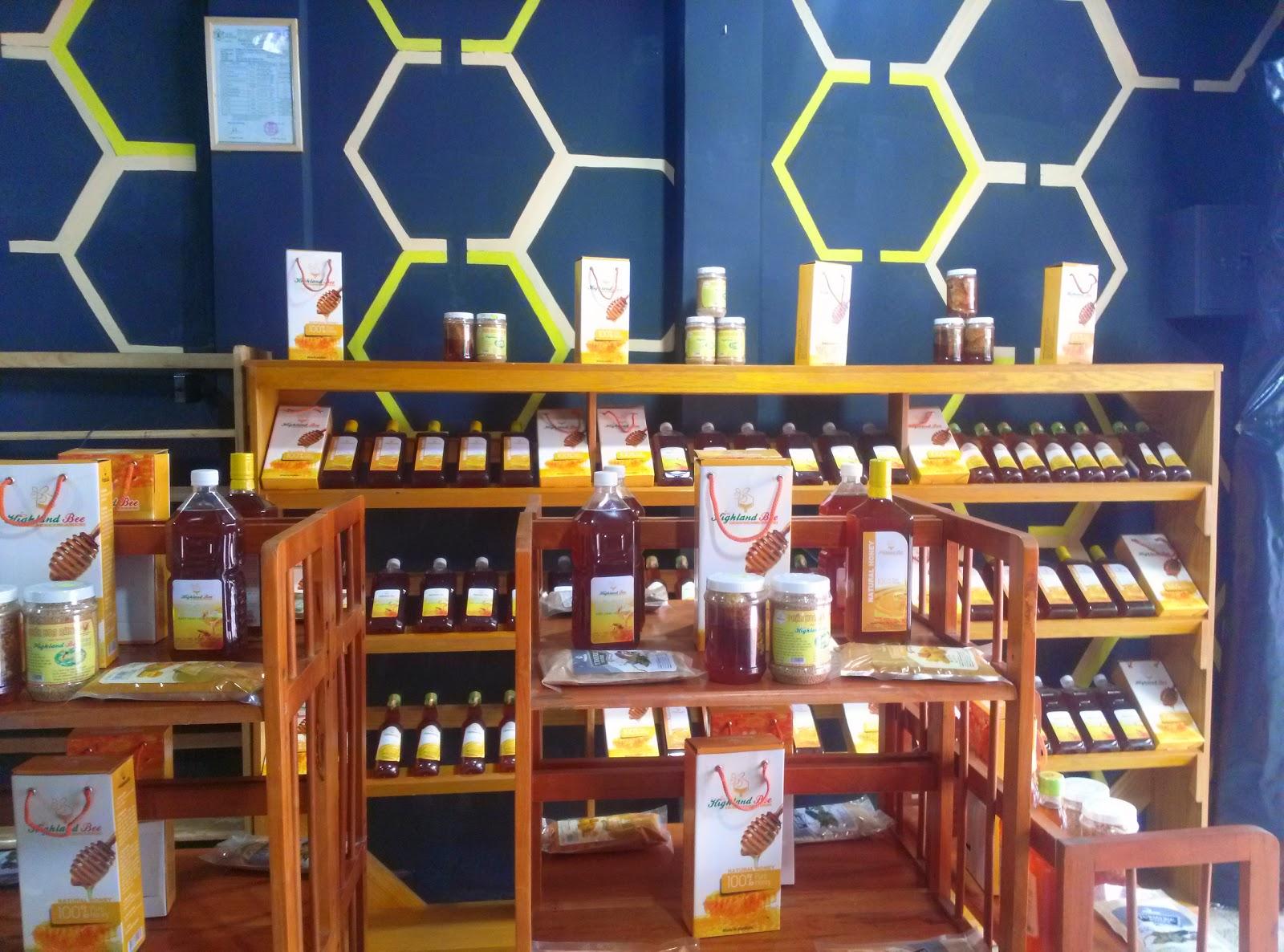 Mật ong - Đặc sản huyện đảo Cát Bà