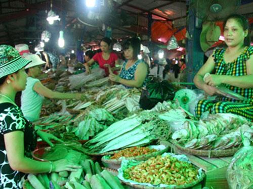 Chợ Cát Bà- thiên đường đặc sản biển cả, núi rừng